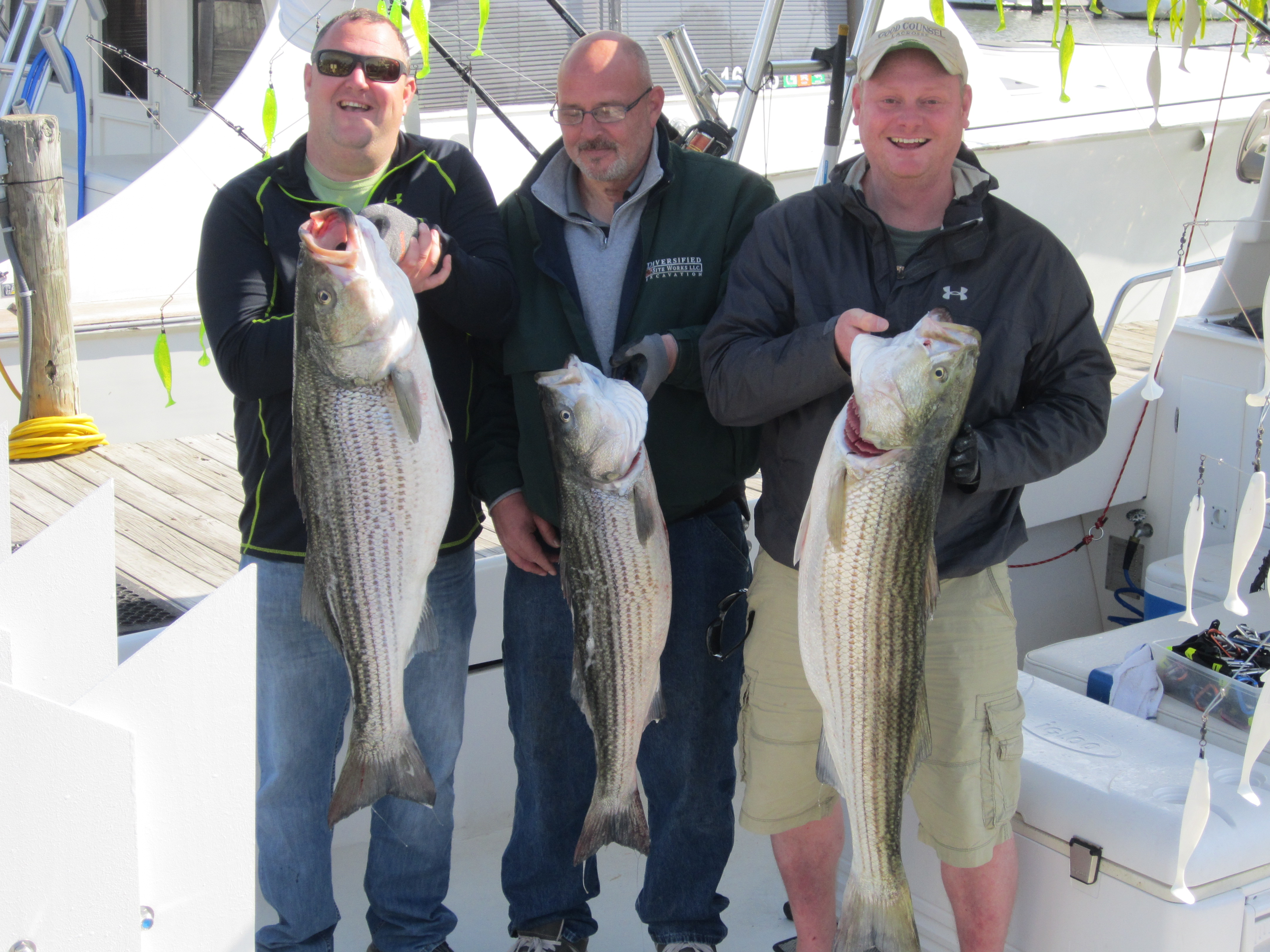 Chesapeake bay fishing charter trophy rockfishing don 39 t for Deale md fishing charters